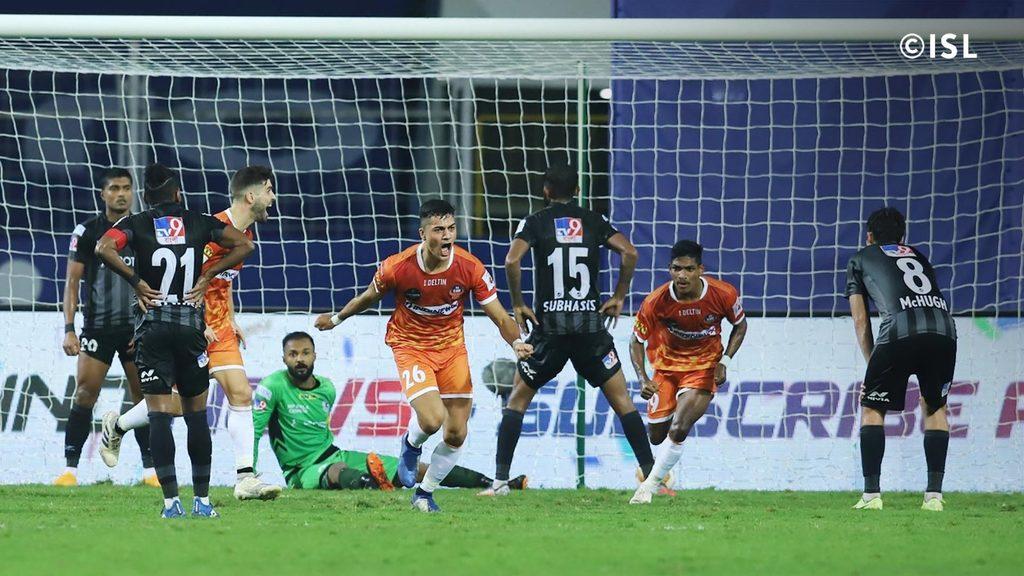 FC Goa celebrate after equalizing against ATK Mohun Bagan